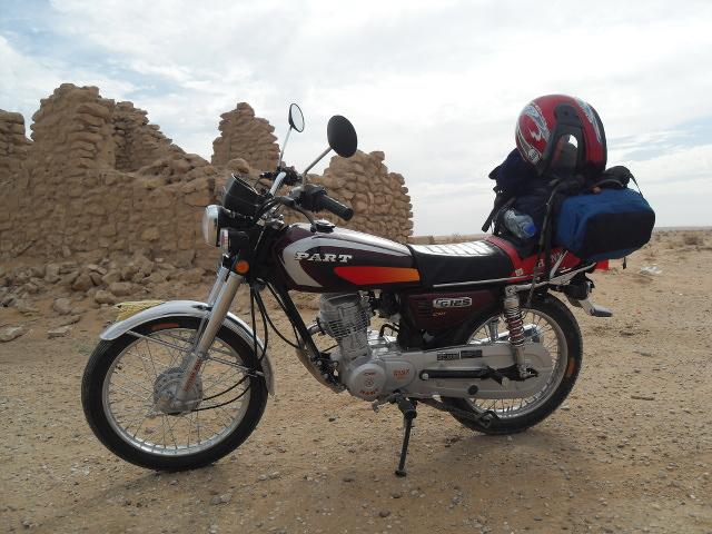 Photo © Sarah Chardonnens Dans le désert syrien, à proximité de Palmyre, en octobre 2010